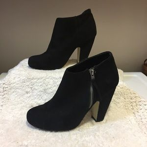 Madden Girl curved chunky heel suede ankle boot